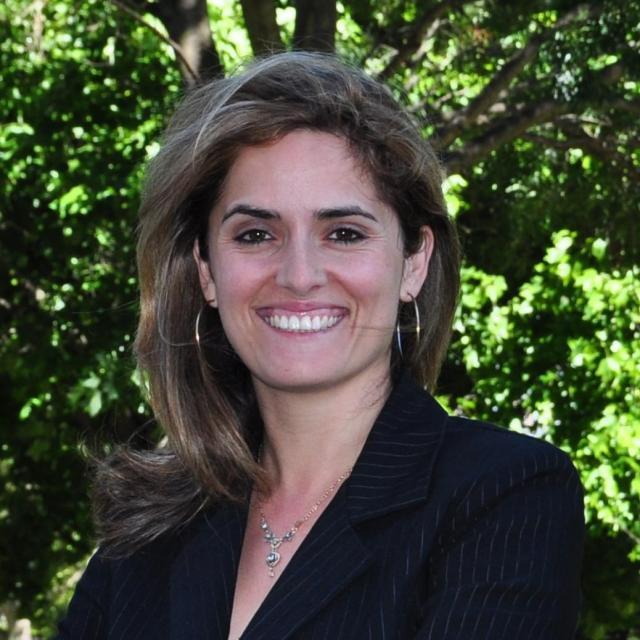 Yelda Mesbah Bartlett